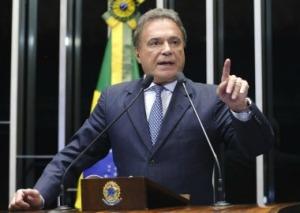 Alvaro-Dias