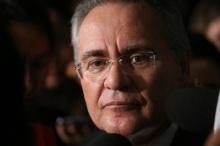 Brasília - Presidente do Senado, Renan Calheiros fala à imprensa antes da Ordem do Dia (Fabio Rodrigues Pozzebom/Agência Brasil)