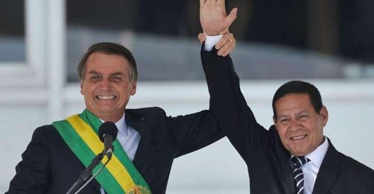 Mourão supera Bolsonaro, diz pesquisa