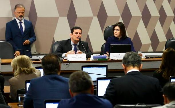 O ministro da Justiça e Segurança Pública, Sergio Moro, participa de audiência pública na Comissão de Constituição e Justiça do Senado.